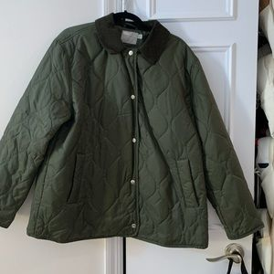 Green quilted lightweight coat